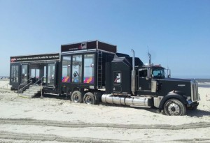 Showtruck15-st-peter-ording-beach-mtv-mobile-1